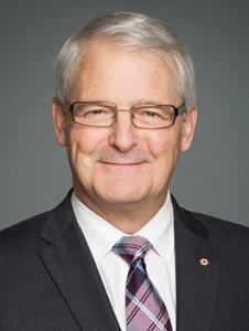 L'honnorable Marc Garneau, Ministre des transports